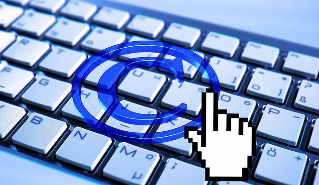 Facebook alla ricerca di un manager per gestire il copyright